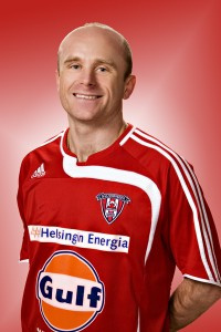 Viikingit midfielder Viatcheslav Malakeev